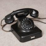 So schön klingelt kein Smartphone. Ist aber zu schwer zum Mitnehmen.