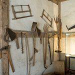 Mittelalterliches Werkzeug. Etwas Museums-Charakter hat das ganze natürlich auch.
