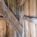 Im Turm. Sogenannte verblattete Streben sind sehr alte Fachwerkstechnik. Schön gemacht,