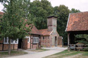Das alte Spritzenhaus im Freilichtmuseum Mühlenhof.
